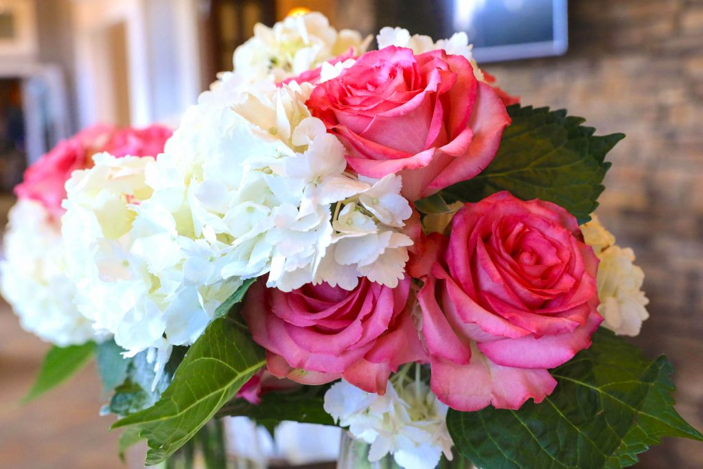 Pink and white flowers to brighten your day | LeeHenry Events