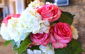 Pink and white centerpiece ideas
