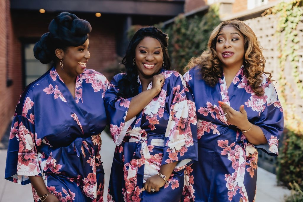 Bridesmaids-robes-LeeHenry-Events