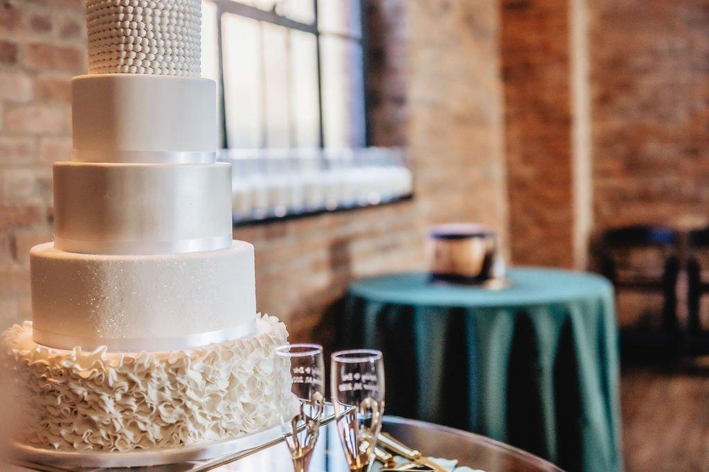 Wedding cake ideas | LeeHenry Events