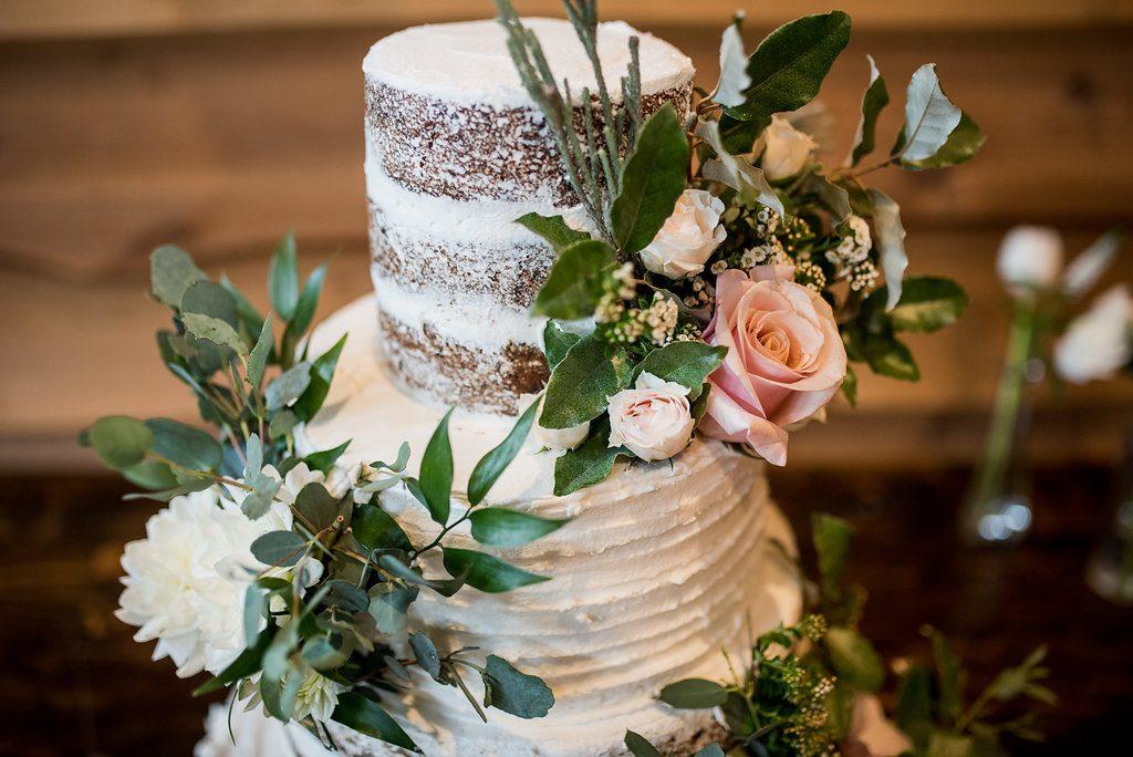 Luxury Barn Wedding | LeeHenry Events