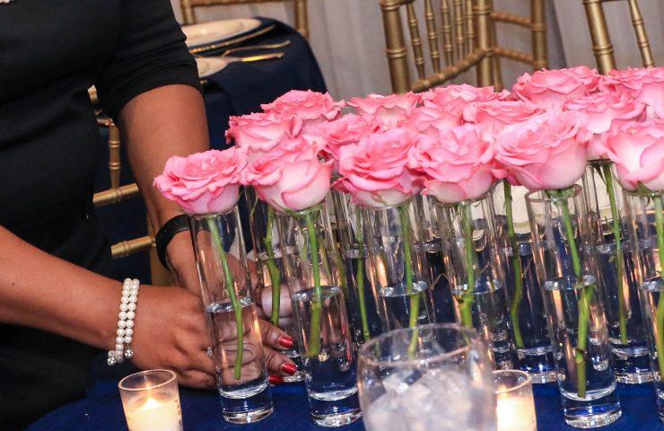 How to create a wedding centerpiece