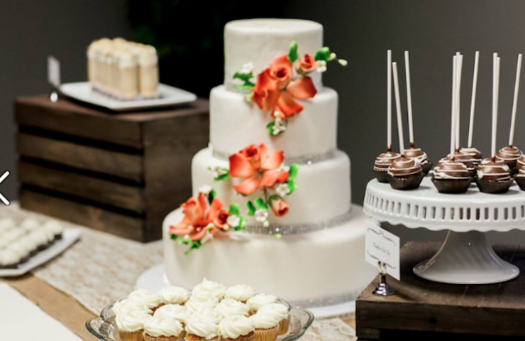 Sunday School: Choosing Your Wedding Cake